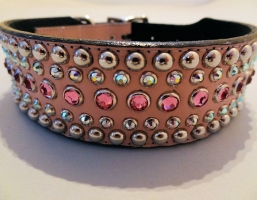 Diva Pink Leather 1 1/2 Inch Collars