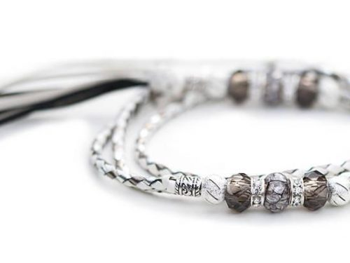 Kangaroo leather show lead in white, silver & pewter 1