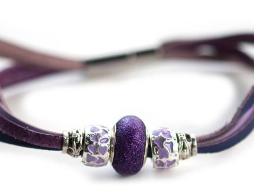 Kangaroo leather bracelet in lavender & purple