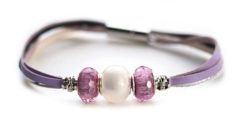 Kangaroo leather bracelet in lavender & white