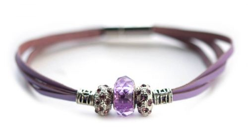 Kangaroo leather bracelet in lavender