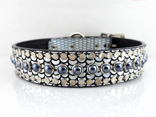 Dog collar All Pearl in shiny Italian leather and and black pearls