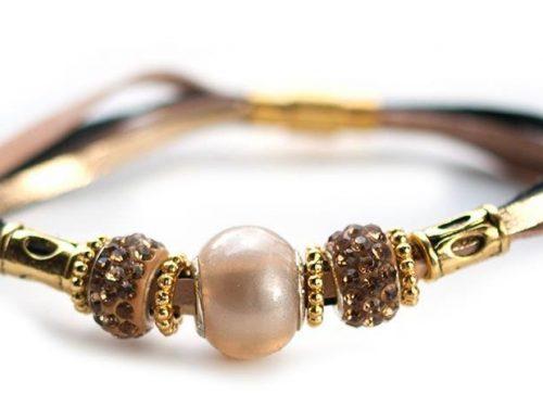 Kangaroo leather bracelet in gold & natural
