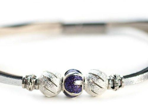 Kangaroo leather bracelet in white & silver