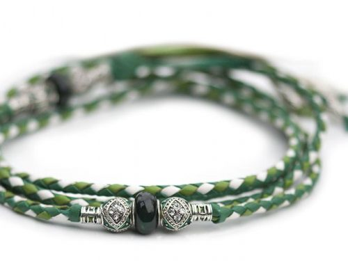 Kangaroo leather show lead in apple, jade & white 1