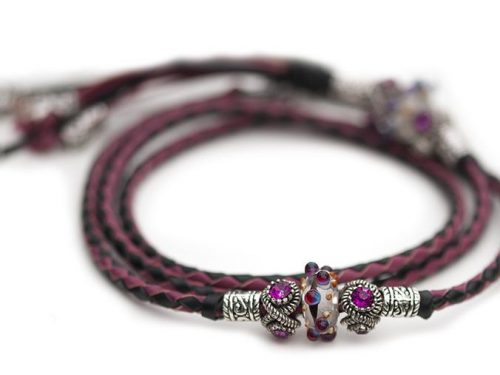 Kangaroo leather show lead in black & cerise