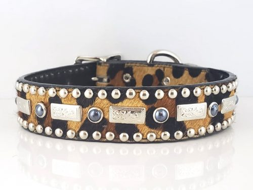 Square Pearl in Italian leather and baby leopard cowhair with black pearls