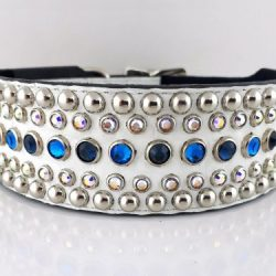 Dog collar Diva in white Italian crocko leather with bermuda blue, montana and AB Swarovski crystals