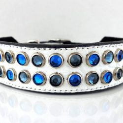 Dog collar Mucho in white Italian crocko leather with Bermuda blue and Montana blue Swarovski crystals