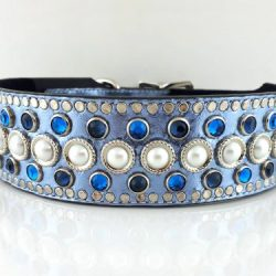 Dog collar Princess Pearl in blue metallic Italian leather with pearls and Bermuda blue & Montana blue Swarovski crystals