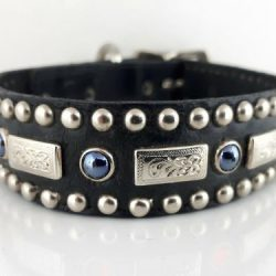Dog Collar Square Pearl in black Italian leather with black pearls