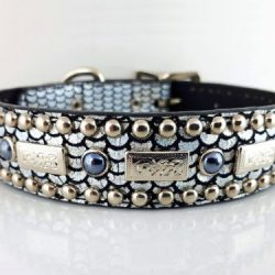 Dog collar Square Pearl in shiny Italian leather with black pearls