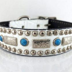 Dog Collar Square Turquoise in white Italian crocko leather with blue turquoise