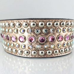Dog collar Dog collar Diva in pink metallic Italian leather with rose and AB Swarovski crystals