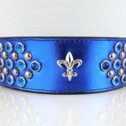 Dog collar Fleur-de-Lys in royal blue metallic Italian leather with fleur de lis ornament and Bermuda blue Swarovski crystals